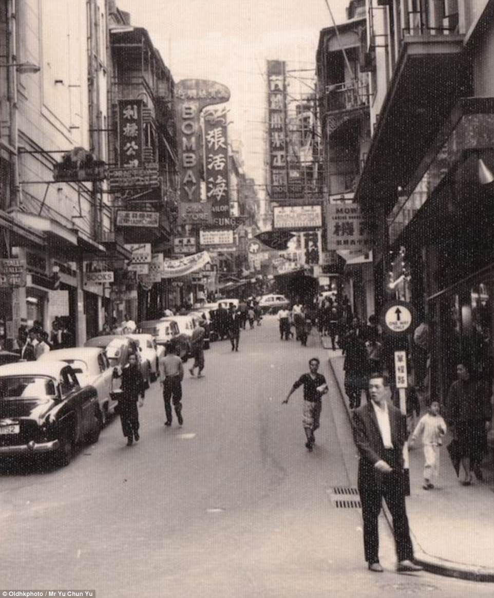 D'Aguilar Street, seen here in 1952, was once known as 'Fashion Street', thanks to its abundance of tailor shops
