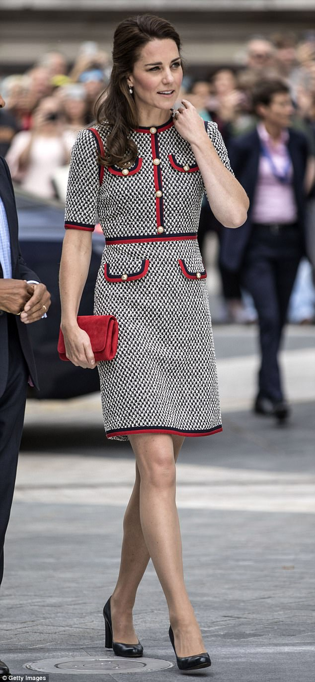 Boo! Internet jokers suggested the Duchess' knee bore a distinct resemblance to the face of Casper the Friendly Ghost