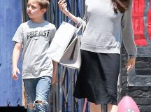 Angelina Jolie keeps it casual to toy store with son Knox ...