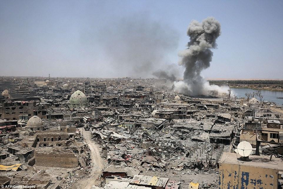 Mosul ha sido devastada tras los intentos de expulsar a ISIS de la importante ciudad del norte de Irak