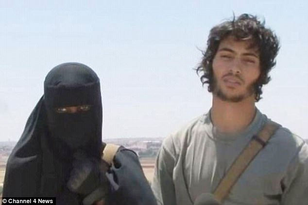 Grace Dare, originally from Lewisham, pictured with her ISIS husband Abu Bakr, who is dead