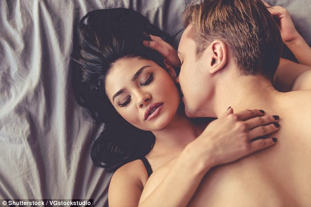 Louise Mazanti has created a 10 step guide that details how women can seduce any man