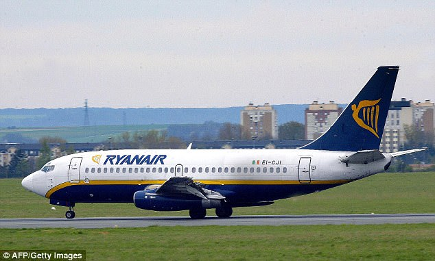 An air passenger has been found guilty of trying to smuggle a pipe bomb onto a Ryanair flight, from Manchester to Bergamo, in his hand luggage