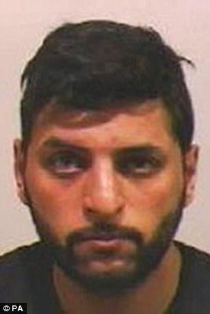 Mohammed Azram admitió cinco delitos de drogas, por asalto sexual y uno de incitación a la prostitución