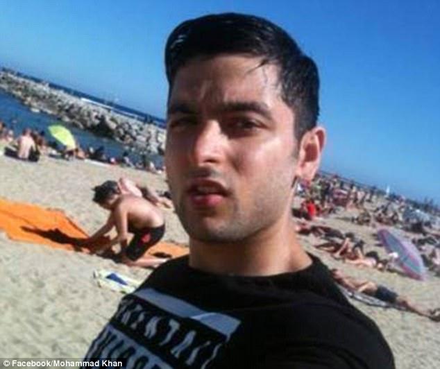 Mohammad Khan está tomando acciones legales contra Virgin Atlantic después de afirmar que fue sacado de un avión por 'inocentemente' mencionar el 9/11