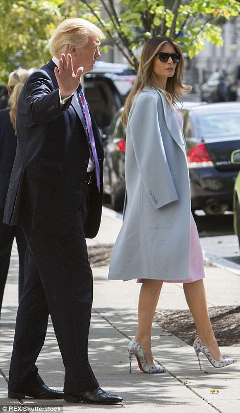 Cuando se le preguntó a la iglesia si un ataque era posible, el presidente (en la foto con la Primera Dama) tenía los labios apretados