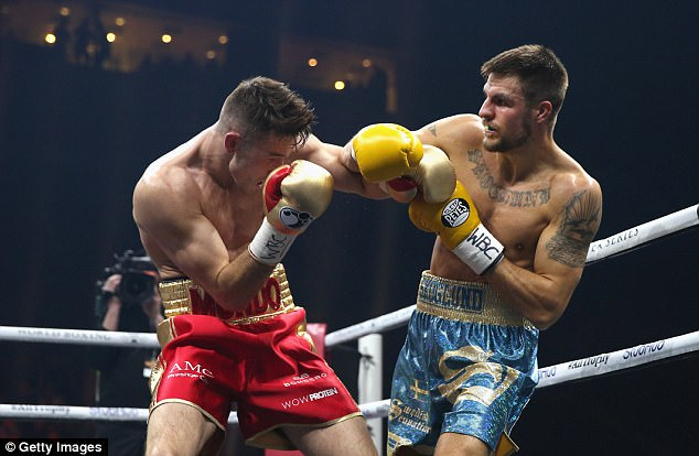 The judges scored the bout unanimously in favour of Smith after 12 rounds