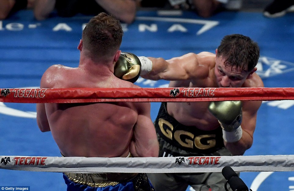 The pair exchanged punches but Golovkin, who used his pace to great effect, tried to take an advantage early in the fight