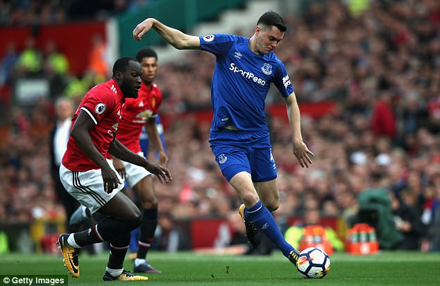 Former United man Michael Keane looked uncertain at the heart of the Everton defence