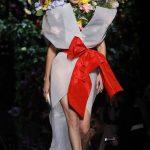 Sister Act:Gigi & Bella Hadid Take Milan Fashion Week