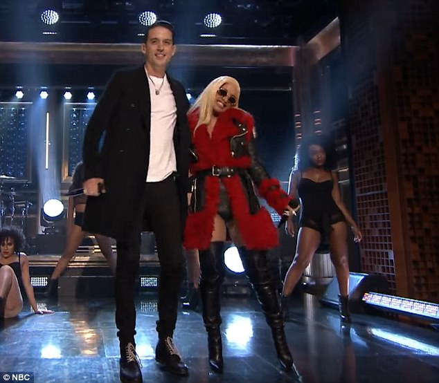 Cardi B performs on Jimmy Fallon after nabbing number one  Daily Mail Online
