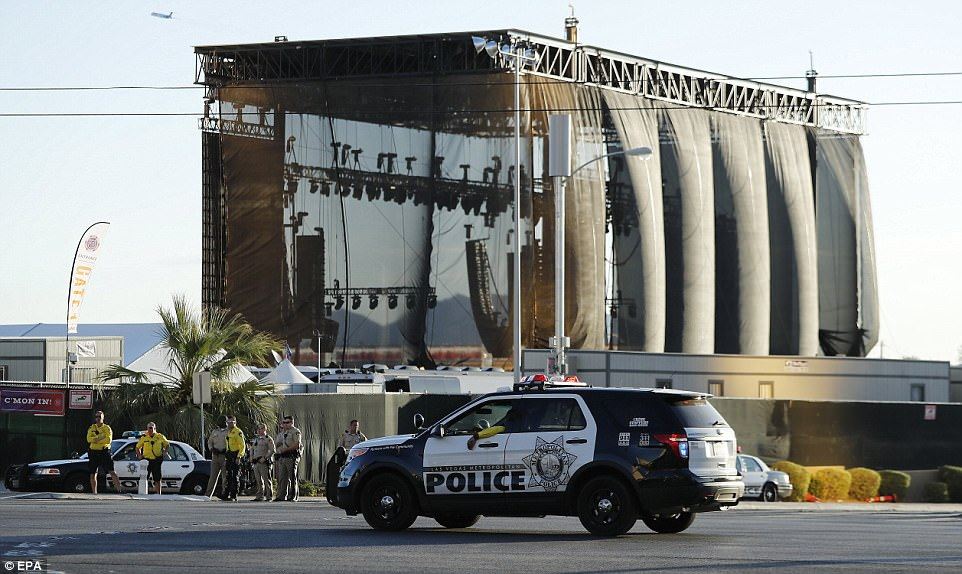 Police surround the stage at the Route 91 Harvest festival on Las Vegas Boulevard in Las Vegas, Nevada, USA, 02 October, 2017