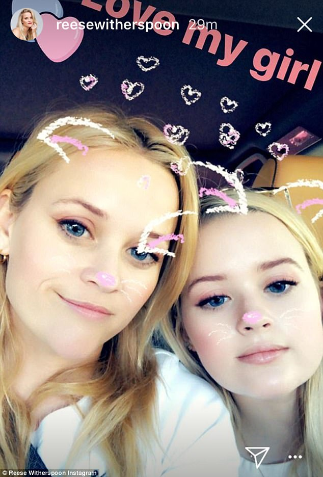 Reese Witherspoon And Ava Phillippe Pose In Instagram Pic