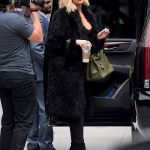 Where Is The Bump? Khloe Kardashian Films KUWTK In New York