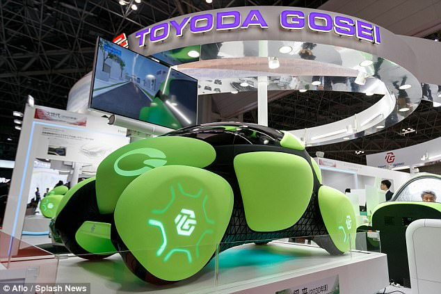 Japanese manufacturing firm Toyoda Gosei has unveiled a bizarre new concept that could put your rubber bumper-shield to shame. The outside of the vehicle, dubbed Flesby II, is covered in undulating airbags