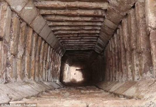 Risultati immagini per Explore the caves and labyrinths under chichen itza