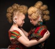 couple black girls'