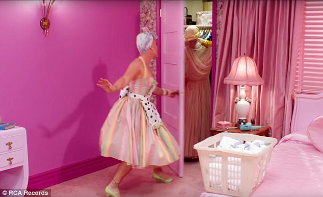 vinyl plastic sofa covers white set designs pink plays channing tatum's wife in beautiful trauma video ...