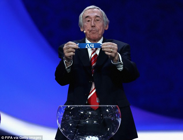England legend Gordon Banks also got stuck into duties during the group stage draw