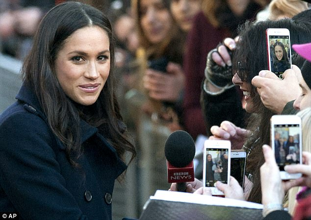 Worldwide interest in the royal wedding is likely to mean a big increase in tourism to the UK, with visitors also expected to spend big on royal memorabilia