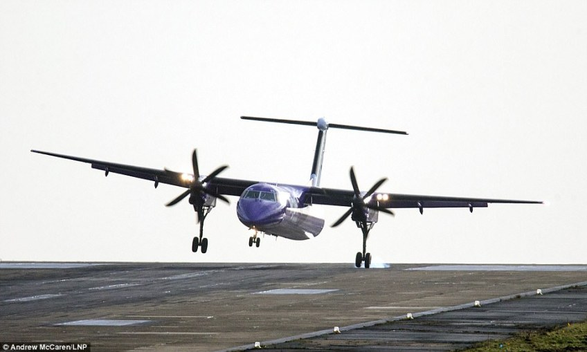 A Flybe aircraft struggled to land in strong winds at Britain's highest airport, Leeds Bradford International this morning