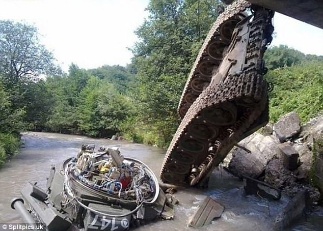 Crash: This tank managed to lose its entire top half thanks to some reckless driving