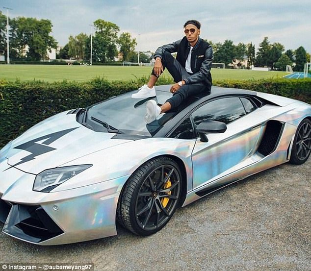 Pierre-Emerick Aubameyang CARS