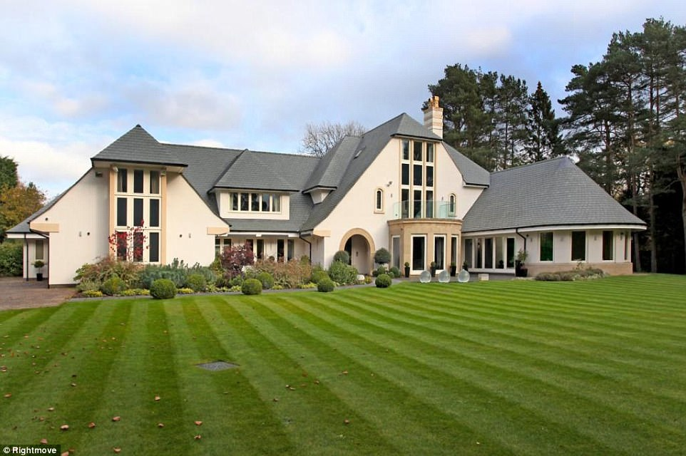 Most viewed properties for sale in Britain in 2017  Daily