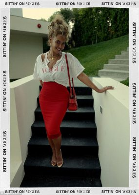 Sittin' on Vogues: Beyoncetook to her website and Instagram on Saturday to share photos of herself rocking a rather chic look