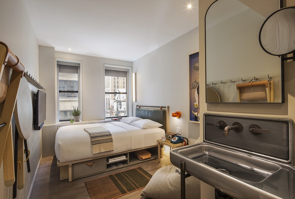 Review Of The Moxy Times Square Hotel In New York Daily
