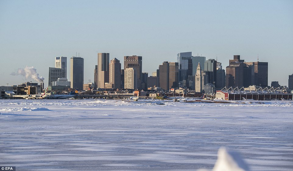 NYC Prepares For Record Breaking Deep Freeze Daily Mail