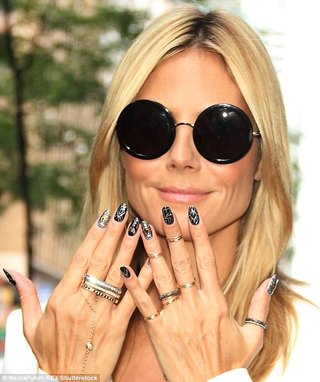What Meghan Markles Rings Really Say About Her Daily