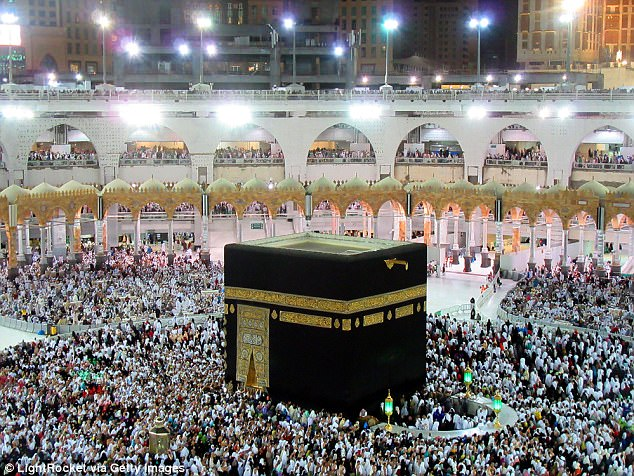 Williams is understood to be preparing for a pilgrimage to the holy city of Mecca. Pilgrims are seen gathering around the holiest shrine in Muslim religion, call Kaaba, in Mecca