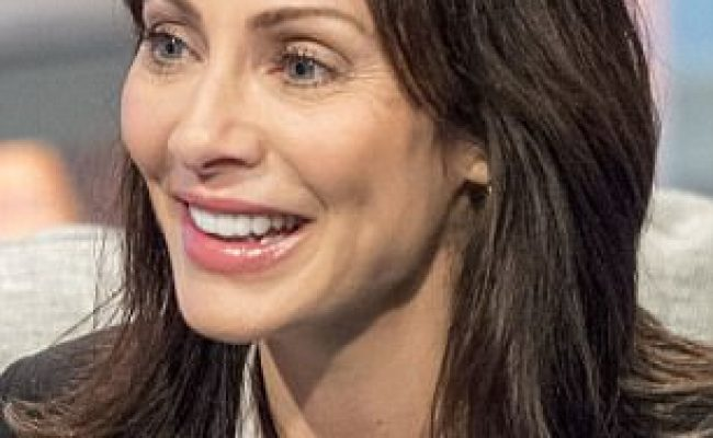Natalie Imbruglia Shows Off Her Youthful Look On Lorraine