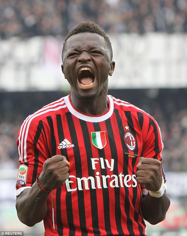 Sulley Muntari has been offered a trial by Spanish club Deportivo La Coruna