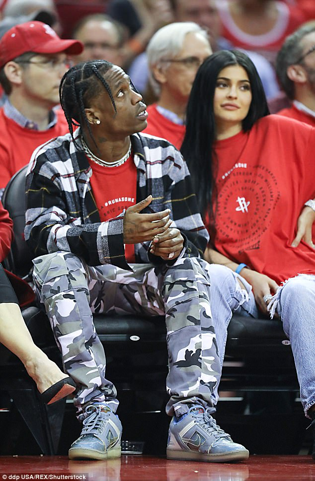 Kylie Jenner And Travis Scott Get Matching Tattoos Daily Mail Online