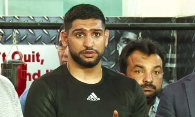 Amir Khan announces the formation of Super Boxing League in Islamabad on September 4. —DawnNews