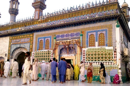 The shrine of Sultan Bahu.