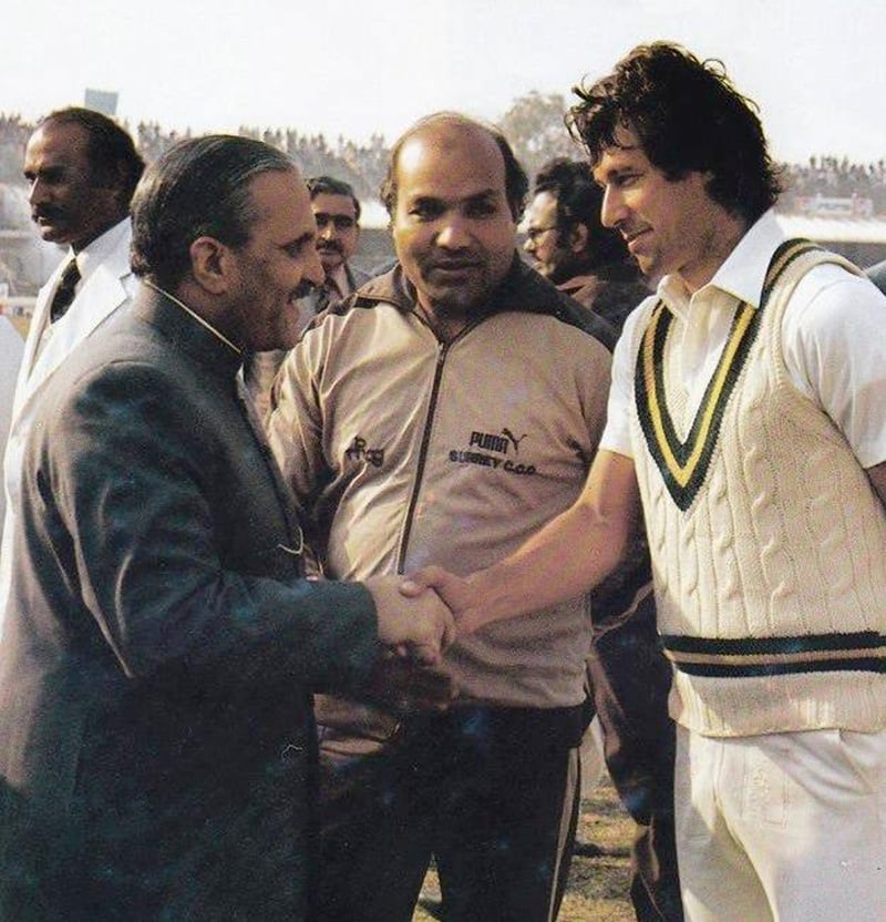 Imran Khan shakes hands with former military dictator Ziaul Haq. ─ Dawn/File