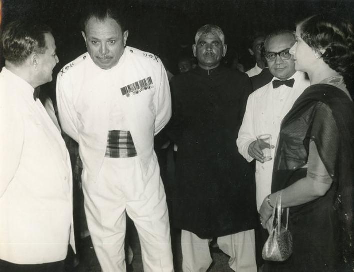 ایوب خان، حسین شہید سہروردی، اور مسٹر اینڈ مسز ایس این بکر۔ 1958