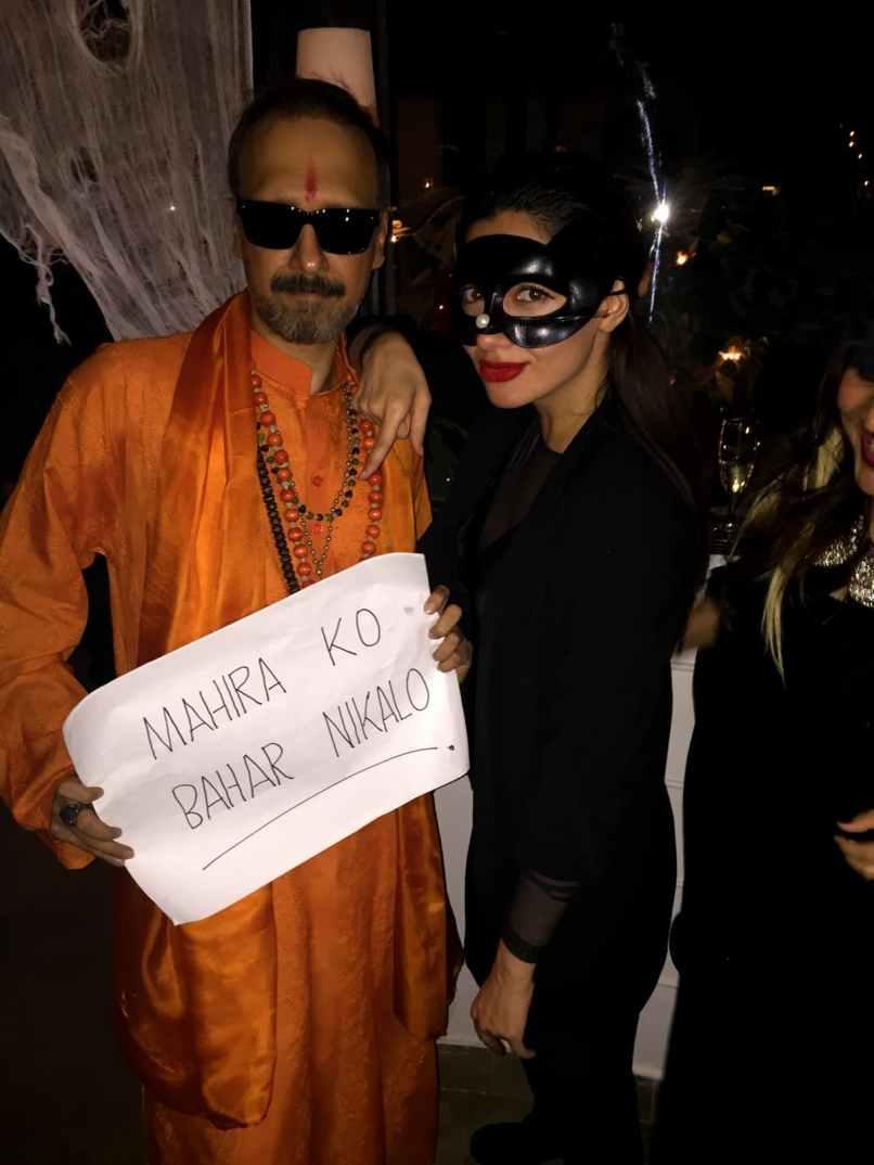 Mahira aka Batgirl with Shiv Sena