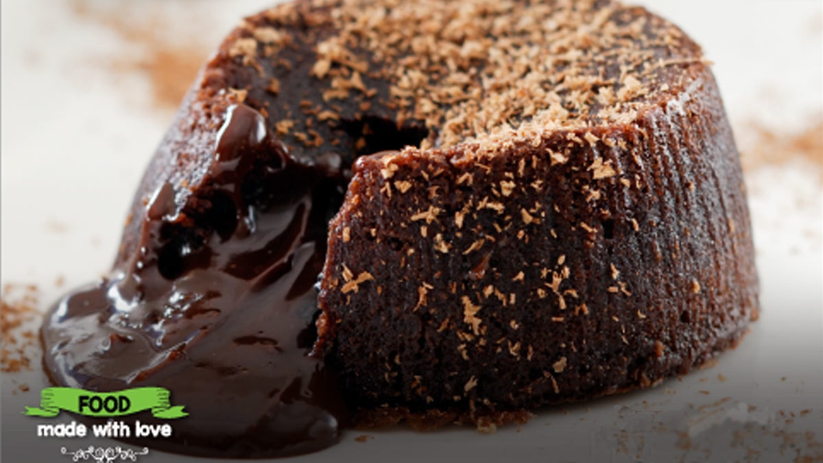 Del Frio's chocolate Lava cake is a must-have in Karachi. Photo: Delf Frio/Facebook