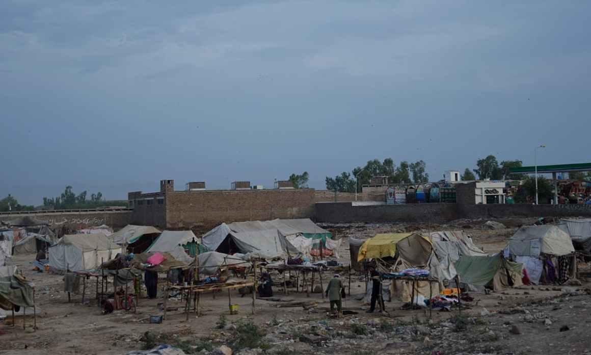 Makeshift houses built by nomads near Ring Road, Peshawar. Credit: Musharraf Ali