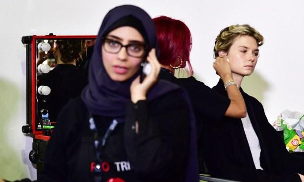 ڈرائیونگ و نوکری کرنے سمیت اب خواتین سعودی عرب میں اداکاری بھی کرتی ہیں—فوٹو: اے ایف پی