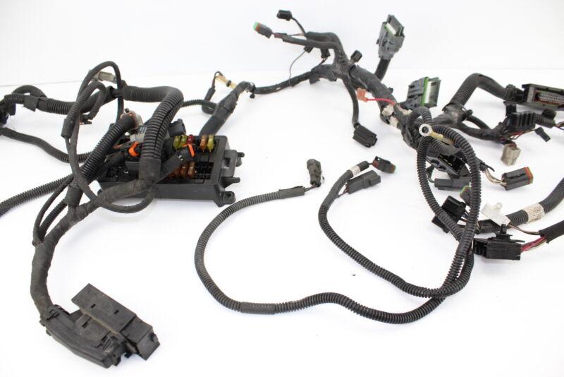 2005 05 SKI-DOO MACH Z 1000 MAIN BODY FRAME ENGINE HARNESS