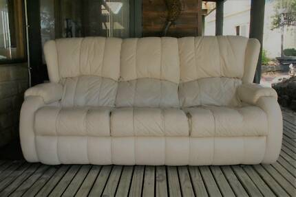 plush sofas geelong sleeper with memory foam www looksisquare com functionalities net
