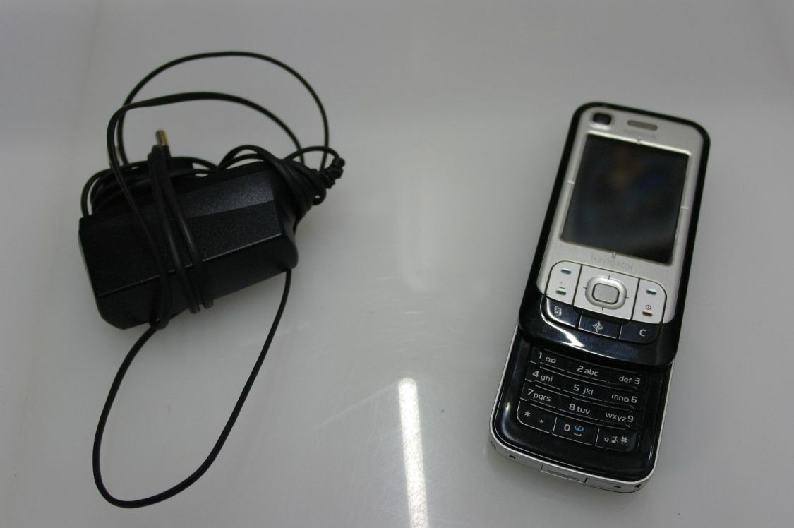 Nokia 6110 Navigator UMTS Handy mit GPS