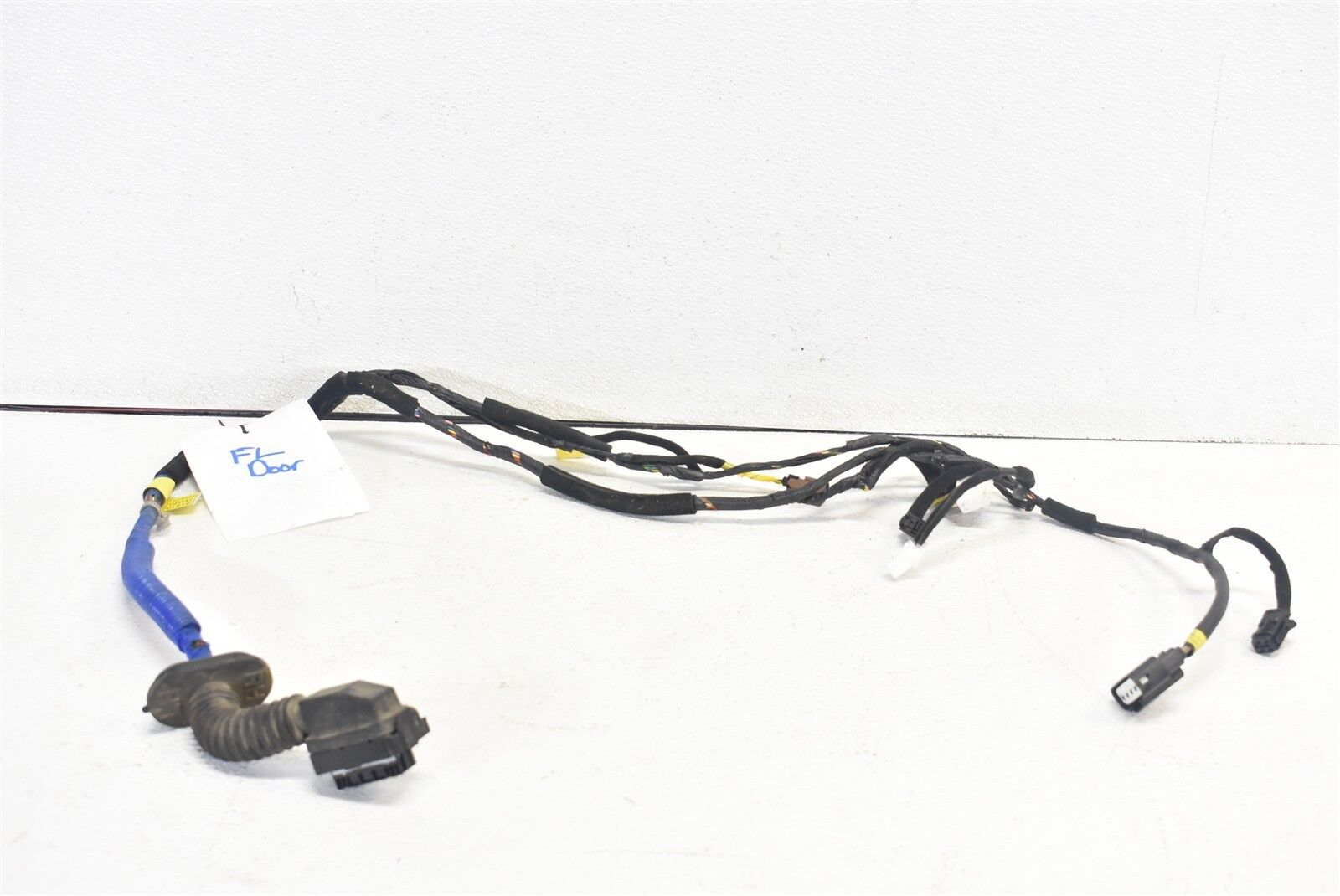 2012-2017 Hyundai Veloster Door Wiring Harness Front Right