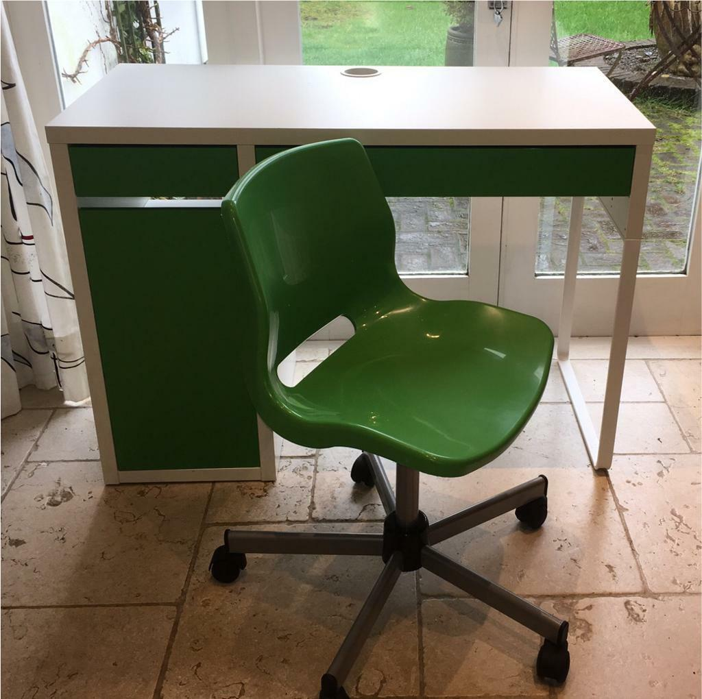 kids swivel desk chair kitchen dining pads micke ikea office green with matching