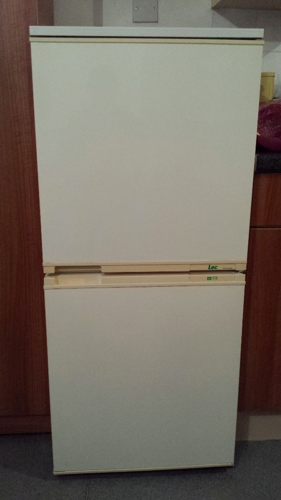 LEC Fridge freezer Old model but in very good condition